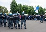 FOTO Cremonese-Brescia: l'arrivo dei tifosi, città presidiata dalle forze dell'ordine