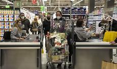 A giugno migliora la fiducia di consumatori e imprese