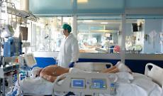 Aprile: 2.378 casi e 80 mortiIn discesa rispetto a marzo