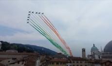 Le Frecce Tricolore salutano le Mille Miglia