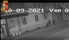 Pestato in casa di notte per i soldi, arrestati i due rapinatori