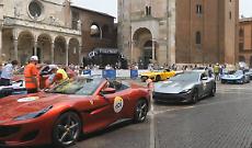 Mille Miglia, il rombo di motori scaldano Cremona
