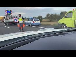 VIDEO Sul luogo del tremendo scontro tra camion in A21 che ha provocato un morto
