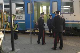 Appello online della ragazza: 'Dite cosa è accaduto in treno'