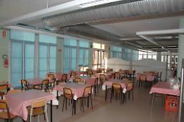 Cucina scolastica, qualità e lamentele. Summit  e petizione. Si muove anche il Movimento 5 Stelle