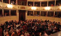 Casalmaggiore - Il cartellone 2013-2014 del teatro Comunale