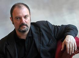 «Giallo a Palazzo» riparte dal web, mercoledì c'è Carlo Lucarelli