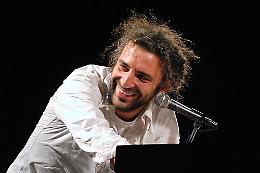 Stefano Bollani in ''Piano Solo'' alla Scala di Milano