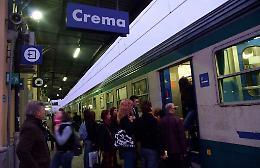 Treni, stop ritardi e caos. Presidio in stazione