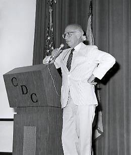 Google ricorda Salk, medico antipolio