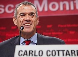 """Cottarelli: """"Telefono acceso? E chi mi chiama?"""""""