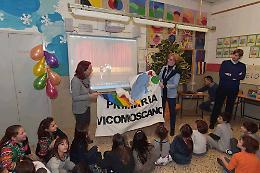 Elementari, i genitori regalano una Lim e due pc portatili