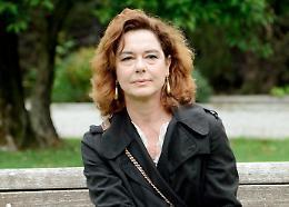 Monica Guerritore attrice e regista di 'Qualcosa rimane'