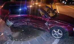Scontro davanti al Santuario Due auto coinvolte, cinque i feriti