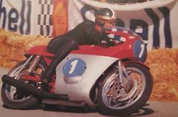 """A Lovere la mostra """"Giacomo Agostini. L'età dell'Oro"""" fino al 3 luglio"""