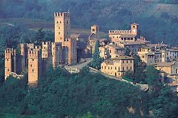 Esposizione dei Presepi del mondo a Castell'Arquato (PC)