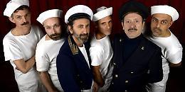 "Al Teatro Franco Parenti ""Buena Onda"", una crociera dai toni esotici e esilaranti."