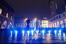 Festa del Torrone: piove ma lo 'spettacolo' va avanti