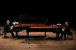 I pianisti Canino e Ballista al Ponchielli