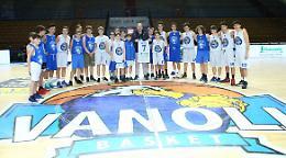 La scuola media Anna Frank si aggiudica la finale contro la Virgilio