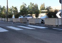 Civico Cimitero, asfaltato il parcheggio di via dei Cipressi