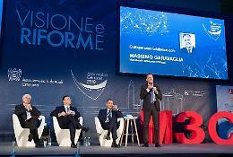 Industriali in assemblea, Buzzella: 'Rispetto per le imprese, non si può distruggere l'economia'