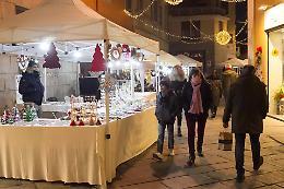 'Natale da favola', atmosfera e tanta gente in città