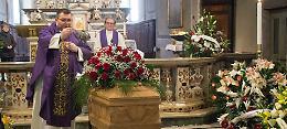 Addio al maestro Bissolotti, chiesa gremita per il liutaio
