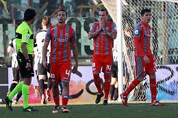 Cremonese, sconfitta e contestazione: l'Ascoli passa 1-0 allo Zini