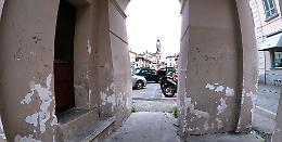 La rabbia dei residenti: 'Porta Ombriano come una latrina'