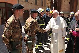 Il papa a Camerino, 'zona rossa' sorvegliata dai nostri militari