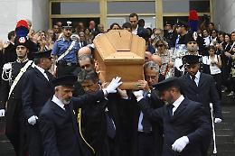 L'ultimo saluto a Borrelli: sognava un'Italia sana