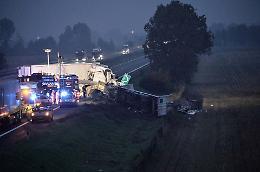 Grave incidente in A21, morto un 57enne