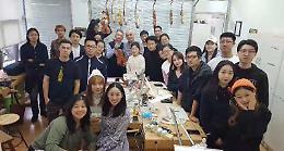 Liuteria nel mondo, i segreti di Stradivari in cattedra a Pechino