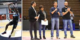 Sport for charity: campioni uniti sul parquet