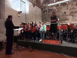 Auguri in musica dell'orchestra di fiati giovanile del Trillo