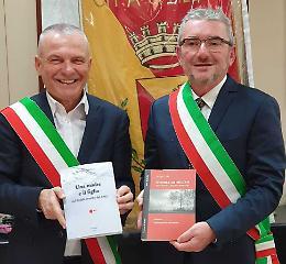 Nino, morto in solitudine: ora celebrato dal nipote sindaco