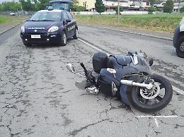 Scontro tra auto e scooter, ferito un 53enne di Fiesco