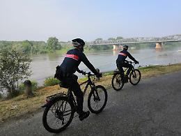 Coronavirus, controlli in bicicletta per i carabinieri forestali