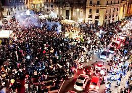 Coronavirus, Guerra (Oms): 'Sciagurati tifosi in piazza a Napoli'