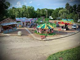 A Gerre luna park sul fiume Po