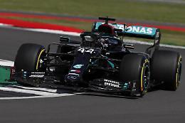 F.1, a Silverstone pole per Hamilton