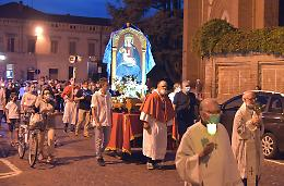Processione dell'Assunta, fede e devozione più forti del Coronavirus