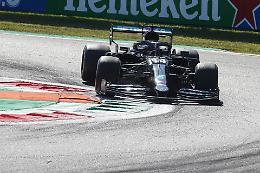 GP di Monza: pole Hamilton, terzo futuro ferrarista Sainz