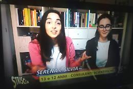 Debutto a Striscia la Notizia per Serena e Silvia Mauri