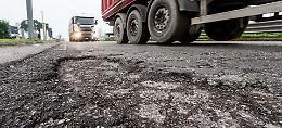 Strade gruviera, i gommisti: «Dopo il maltempo aumentano i problemi»