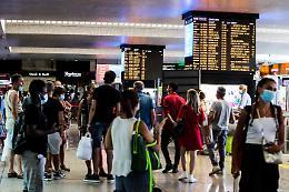 Aumento prezzo dei treni per le feste di Natale, avviata indagine