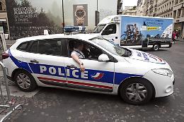 Tre gendarmi uccisi in villaggio francese