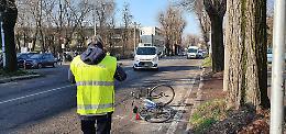 Investita da auto in via Giuseppina, grave ciclista 41enne