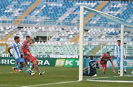 Cremonese, colpo (2-0) a Pescara: esordio vincente di Pecchia